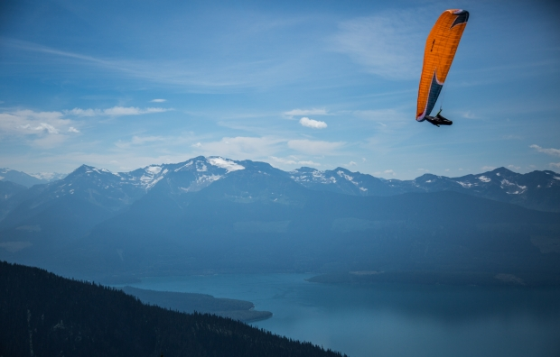 Launching over Kinebasket Lake, Monashees