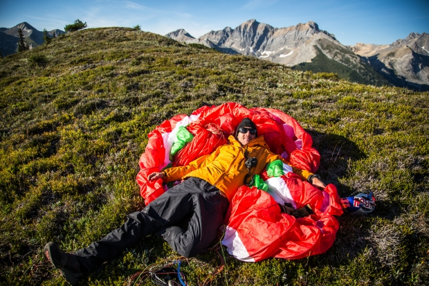 Will Gadd taking a break on the Rockies Traverse. Photo Pablo Durana